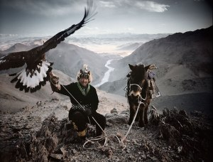photographs-of-vanishing-tribes-before-they-pass-away-jimmy-nelson-3__880-1